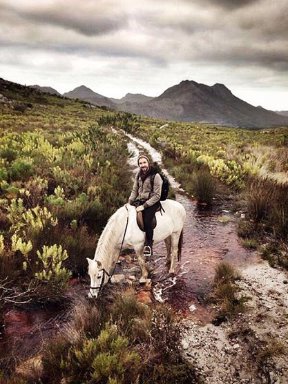 Jeremy Loops on a Horse